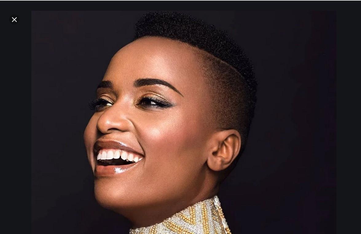 Zozibini Tunzi : Miss univers 2019